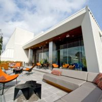 p-departure-restaurant-exterior-lounge_54_990x660_201405311808